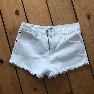 White shorts forever 21